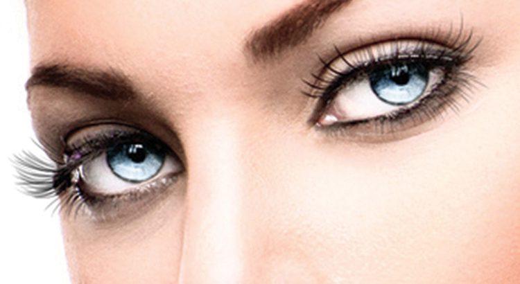 Kosmetik Wimpernverlängerung